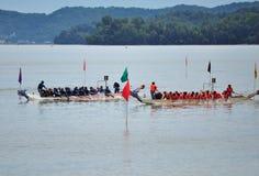 Equipos del festival de Dragon Boat Fotos de archivo