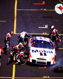 Equipos en boxes de NASCAR Fotos de archivo libres de regalías