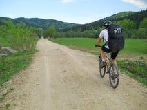 Equitação da bicicleta da natureza Imagens de Stock