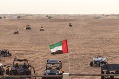 Equitação da bicicleta do quadrilátero em Dubai fotos de stock