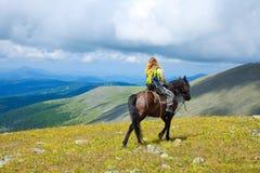 Equitação de Horseback Imagens de Stock Royalty Free