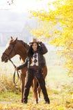 Equites con il suo cavallo Fotografie Stock Libere da Diritti
