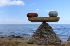 Equivalenza delle pietre immagine stock