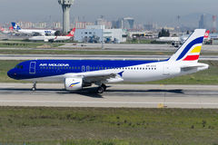 ER-AXV Air Moldova Airbus A320-211 Imagens de Stock