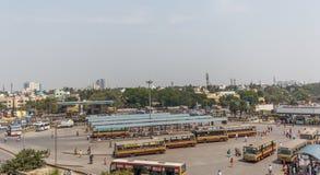 Er Bus-Endstation CMBT Chennais Mofussil ist moderne Autobusstation für AußenstationsTransportdienste Stockfotografie