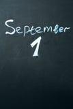 1er septembre l'expression écrite dans la craie sur le tableau noir Photos libres de droits