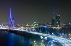 ERASMUS-Brücke bis zum Night Stockbilder