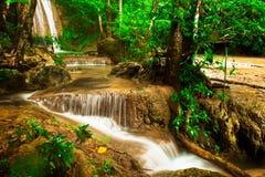 Erawan vattenfall. Royaltyfri Bild