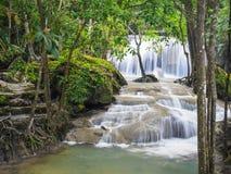 Erawan vattenfall, Kanchanaburi, Thailand royaltyfri foto