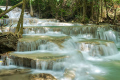 Erawan vattenfall loacated Kanjanaburi landskap, Thailand Royaltyfria Bilder