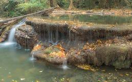Erawan vattenfall med mjukt vatten Royaltyfria Bilder