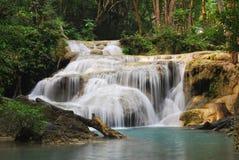 Erawan vattenfall nära Kanchanaburi, Thailand Fotografering för Bildbyråer