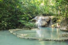 Erawan vattenfall på den Erawan nationalparken Arkivfoto