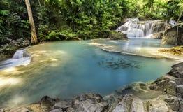 Erawan-Wasserfall Lizenzfreie Stockfotos