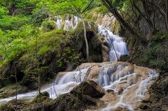 Erawan-Wasserfall, Kanchanaburi, Thailand lizenzfreies stockbild