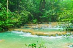 Erawanwaterval, het Nationale Park van Erawan in Kanchanaburi in Thaila Stock Afbeeldingen