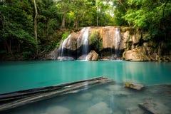 Erawanwaterval, het Nationale Park van Erawan in Kanchanaburi, Thailand royalty-vrije stock fotografie