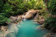 Erawanwaterval, het Nationale Park van Erawan in Kanchanaburi, Thailand Stock Foto's