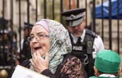 Erba medica sotto tiro Raduno in Trafalgar Square immagine stock