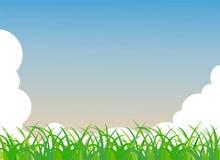 Erba verde e cielo blu Immagine Stock Libera da Diritti