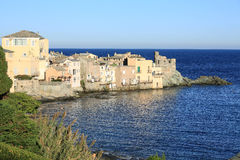 Erbalunga auf Korsika-Insel, Frankreich stockbild