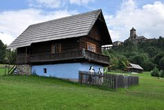 Erbdorf und Schloss Stara Lubovna, Slowakei, Europa Stockfoto