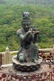 Erbjuda av den sex Devasen, Po Lin Monastery, Hong Kong Arkivbild