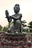 Erbjuda av den sex Devasen, Po Lin Monastery, Hong Kong Royaltyfri Fotografi
