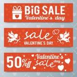 Erbjudande för försäljning för dag för valentin` s, banermall Shoppa marknadsstolpen arkivfoto