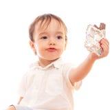 erbjuder smutsiga kanter för stångpojkechoklad little fotografering för bildbyråer