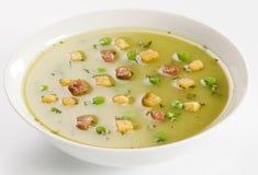 Erbsen-Suppe mit Speck Lizenzfreie Stockbilder