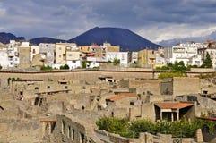 Ercolano, Ercolano ed il Vesuvio Immagini Stock Libere da Diritti
