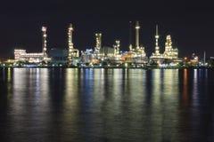 Erdöl-Raffinerie Stockfotografie