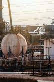 Erdölchemikalie und Industrien Auftritt der Raffinerie lizenzfreies stockbild
