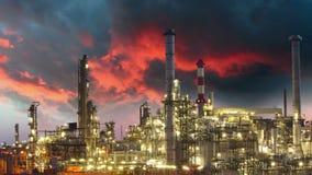 Erdölindustrie - Raffinerieanlage, Zeitspanne stock footage