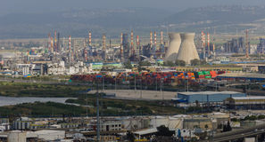 Erdölraffinerieindustrie Stockbild