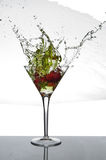 Erdbeer-Martini-Spritzen Lizenzfreies Stockbild