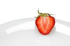 Erdbeere auf Platte Stockfoto
