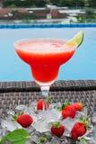 Erdbeere-daiquire frisches Getränk für Sie lizenzfreie stockfotos