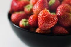 Erdbeere getrennt auf weißem Hintergrund Lizenzfreies Stockbild
