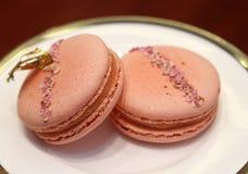 Erdbeere gewürztes macaron lizenzfreie stockfotografie