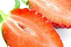 Erdbeere halb. Stockfotografie