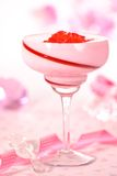 Erdbeere Jello Nachtisch stockfoto