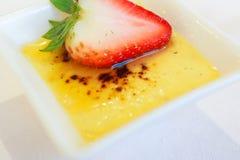 Erdbeere mit Gelee Lizenzfreie Stockfotografie