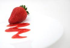 Erdbeere-Nachtisch Stockbild