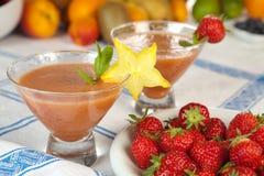 Erdbeere Smoothieduo Stockfoto
