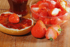 Erdbeere, Stau, Marmelade stockbild