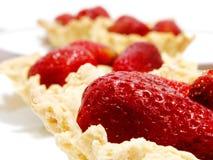 Erdbeere-Törtchen stockbild