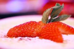 Erdbeere u. Sahne stockfoto