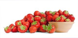 Erdbeere und eine Schüssel Lizenzfreies Stockbild